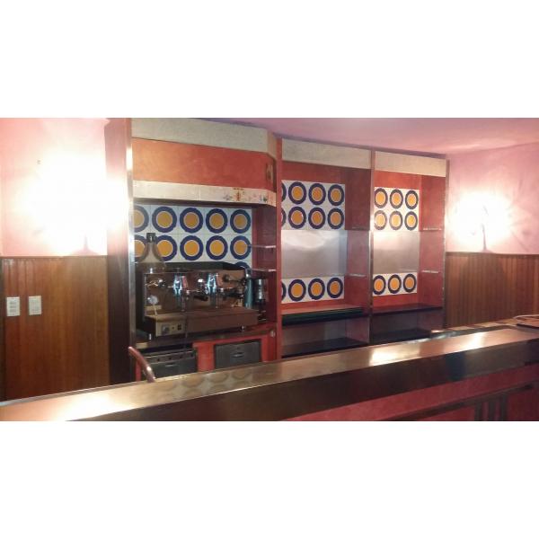 Sedie e tavoli da pub usati design casa creativa e for Usato bancone bar
