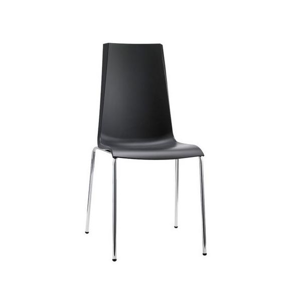 Sedie mannequin da esterno sedia interno sedia colorata for Sedie economiche per ufficio