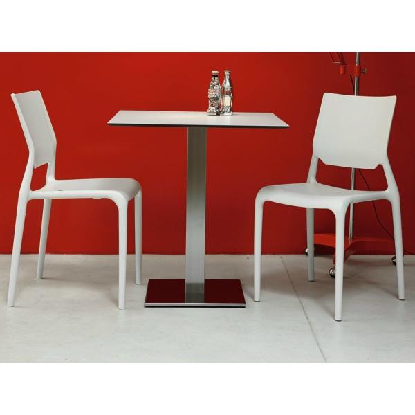 Sedie per alberghi bar casa arredamento locali contract for Sedie moderne prezzi