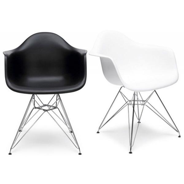 Sedie bianche e nere tavolo moderno rosso con sedie for Ikea sedie nere