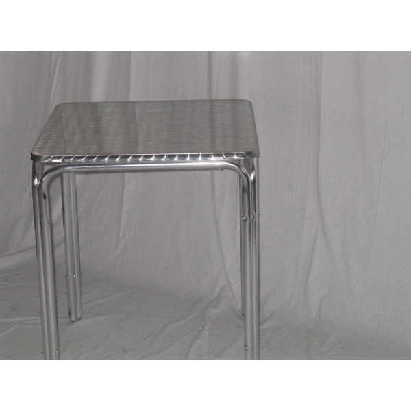 Tavolo 60x60 in alluminio quattro gambe mondoarreda for Tavolo in alluminio