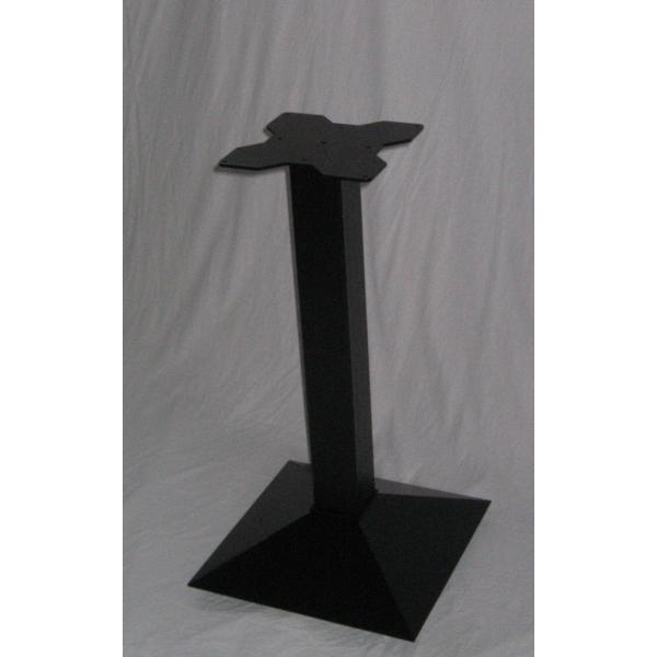 Tavolo gamba centrale ghisa top legno tavolini ristorante for Piani d ufficio di 1200 piedi quadrati