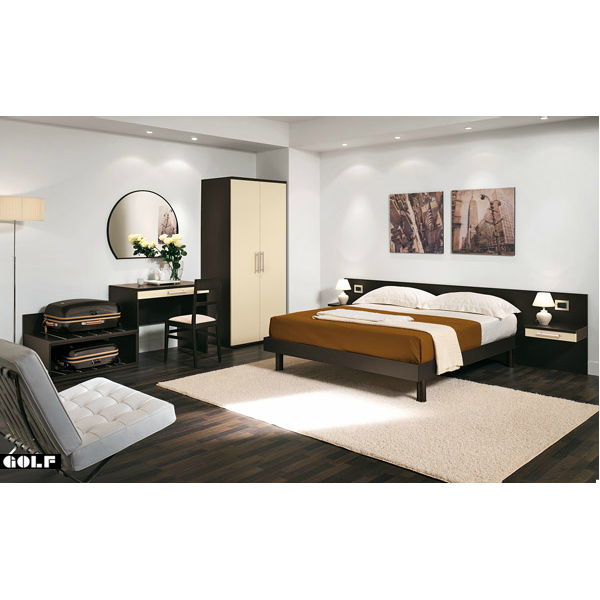 Arredo camera d 39 albergo matrimoniale in legno nobilitato for Arredi per alberghi e hotel