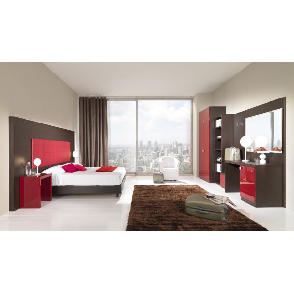 Arredo camera d 39 albergo matrimoniale mdf lucido mondoarreda for Arredo camere albergo
