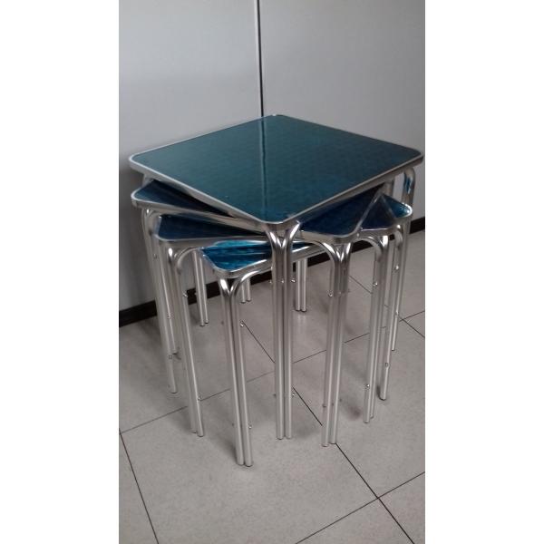 Tavolo bar quadrato in alluminio tavolino per esterno a 4 for Piani domestici di 2000 piedi quadrati