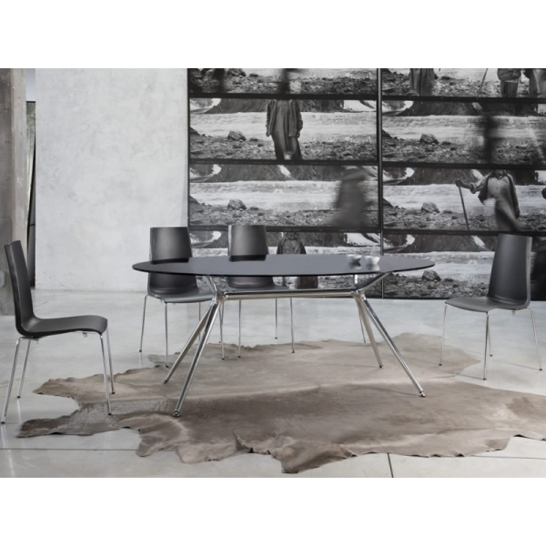Mannequin sedia impilabile in polipropilene scab design for Sedie policarbonato nere