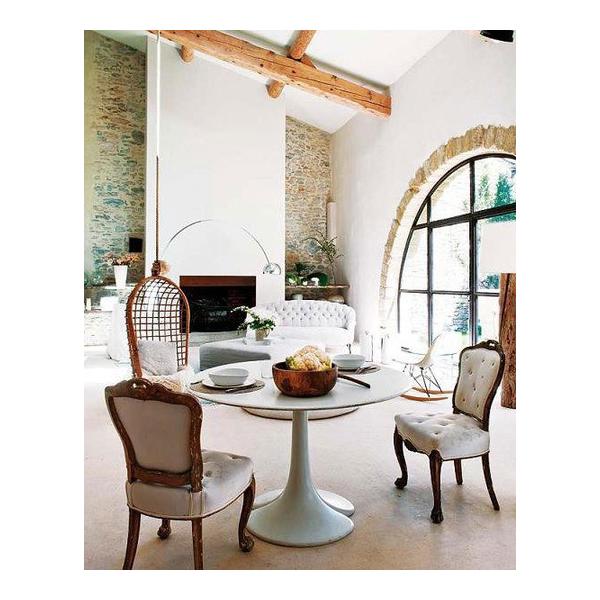 Tavolo tulip piano diametro 70 80 90 120 cm mdf laccato for Piani di casa di 5000 piedi quadrati